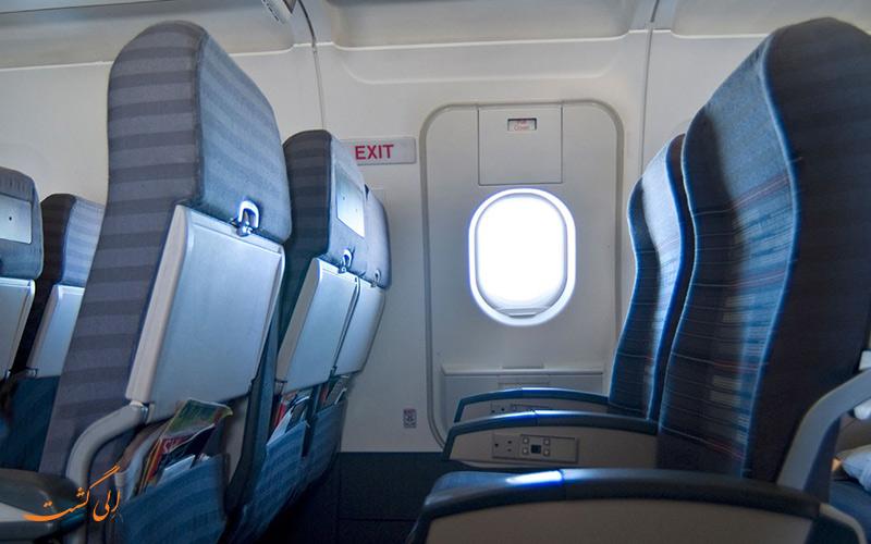 باز شدن درب هواپیما