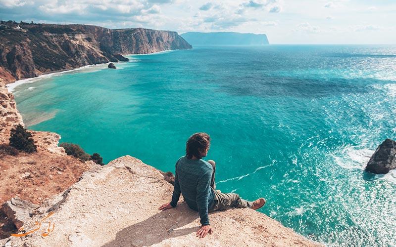 چطور از تنها سفر کردن لذت ببریم