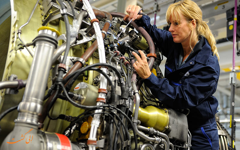 تعمیر موتور هواپیما