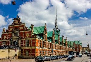 ساختمان بورس کپنهاگ دانمارک