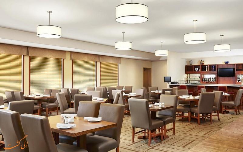 هتل 3 ستاره فور پوینتز