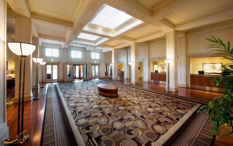 هتل حیات در کانبرا