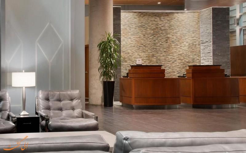هتل 4 ستاره امبسی سوییتز در مونترال