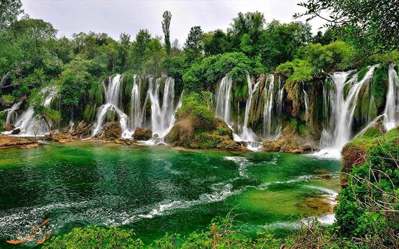 آبشار کاراویس