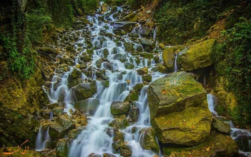 آبشار آب پری در مازندران