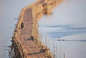 پل بامبو در کامبوج