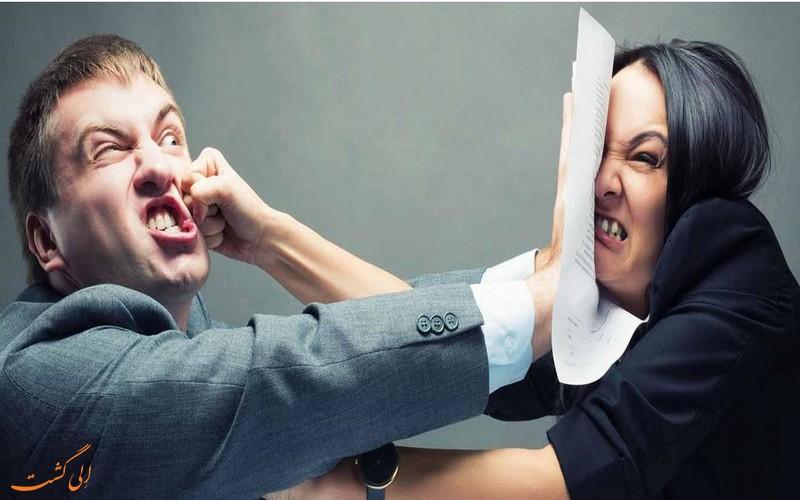 فرود اضطراری هواپیما به دلیل دعوای زن و شوهری