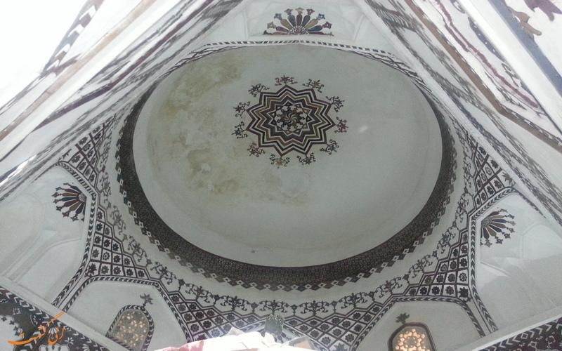 گنبد آرامگا سید غلام در بندر چابهار