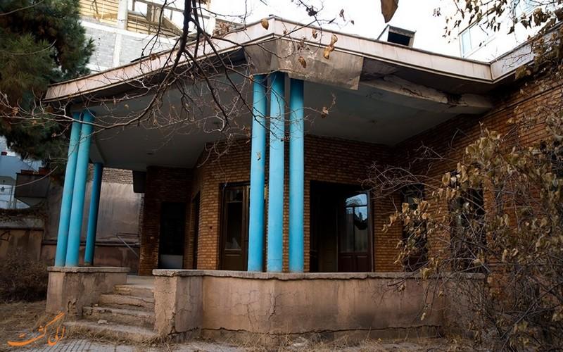 خانه نیما یوشیج تهران