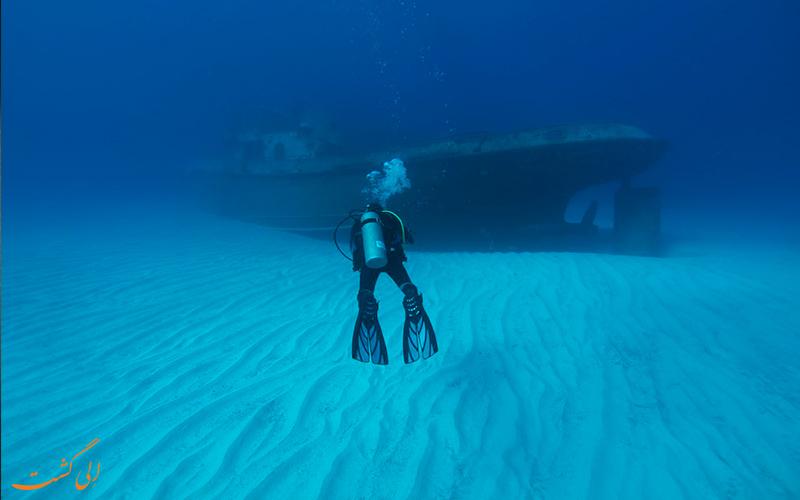 بهترین دریاها برای غواصی