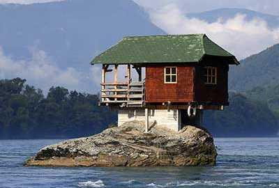 عجیب ترین خانه ها-الی گشت
