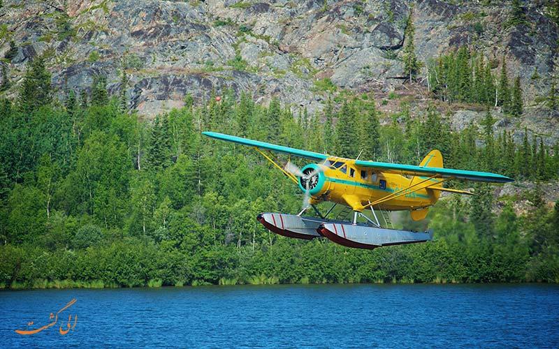 هواپیمای آب نشین دارای ارابه فرود