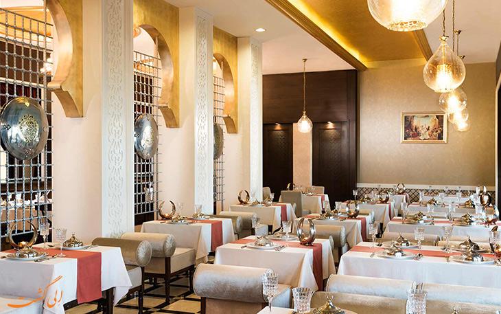 رستوران لاله زار هتل رکسوس