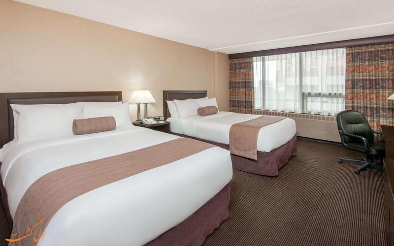 هتل 3 ستاره رامادا دوون تون در کلگری