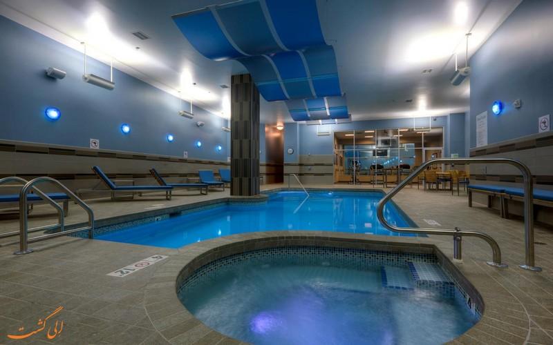 هتل 4 ستاره هالیدی این دوون تون ساسکاتون