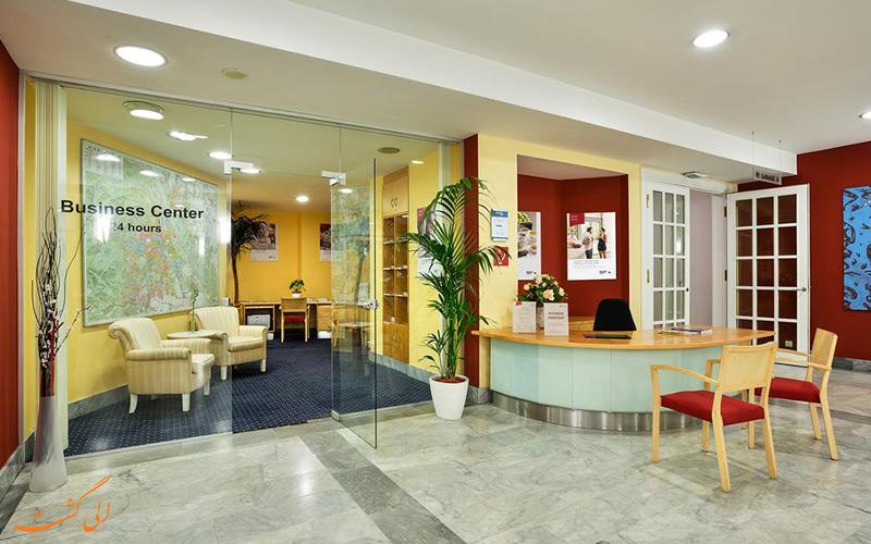 خدمات رفاهی هتل اتریش ترند آناناس