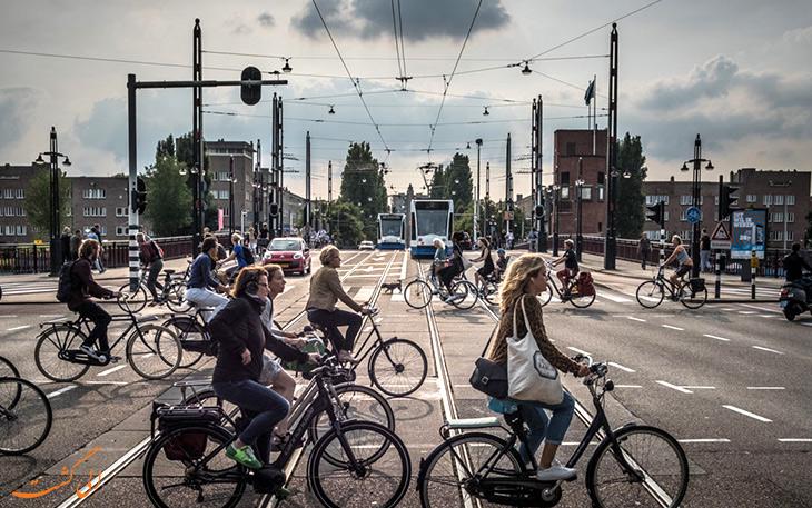 دوچرخه سواری در آمستردام