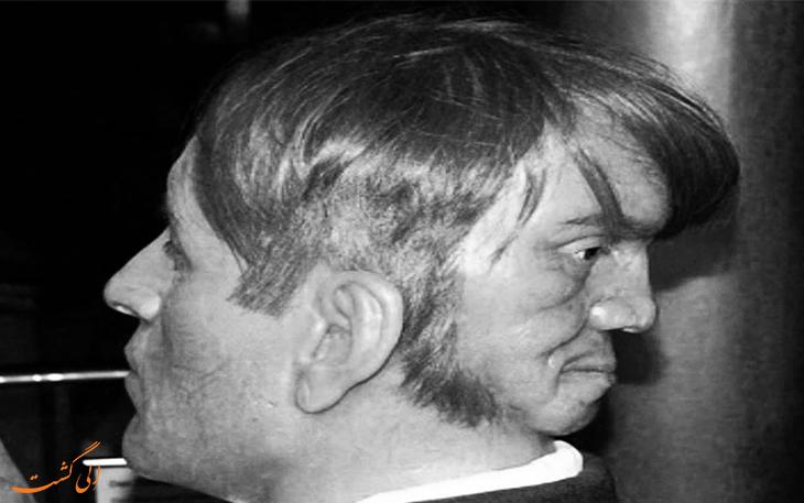 مردی با دو صورت