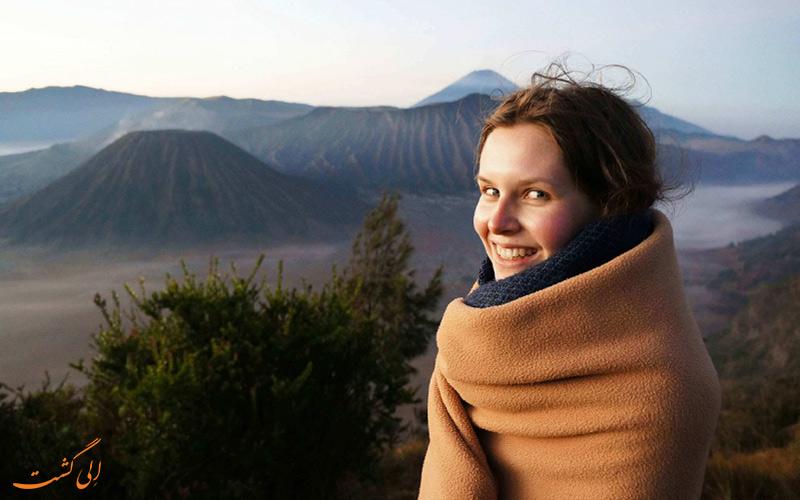 سفر خانم ها به اندونزی