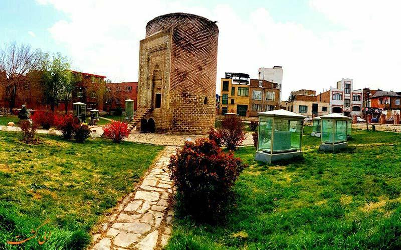 برج سه گنبد در ارومیه