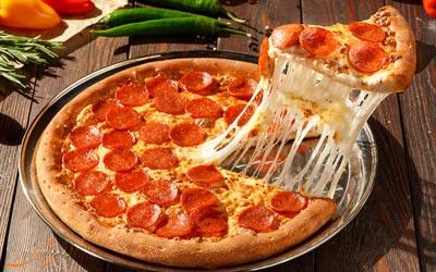 فرق بین پیتزا ایتالیایی و آمریکایی
