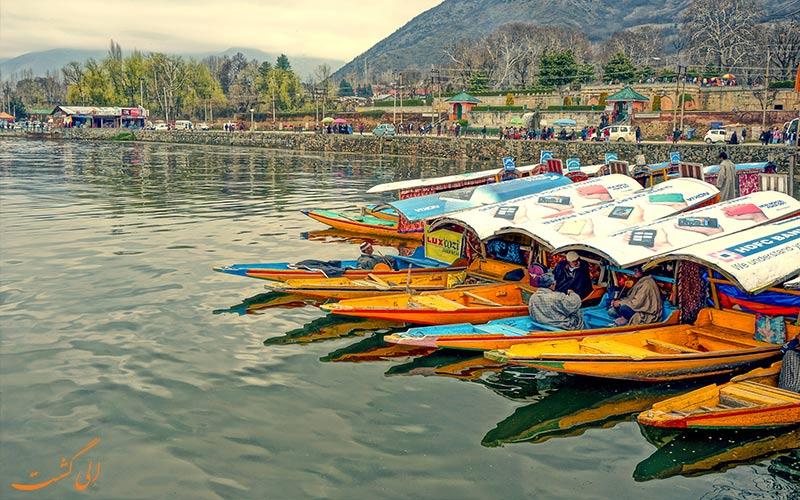 شیکارا-سواری-در-هند-و کشمیر