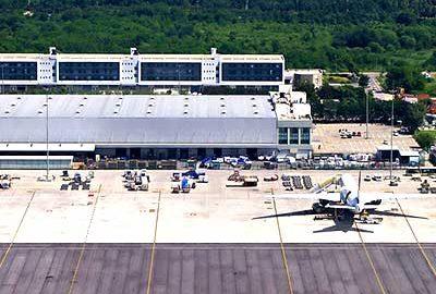 فرودگاه راجیو گاندی هند-الی گشت