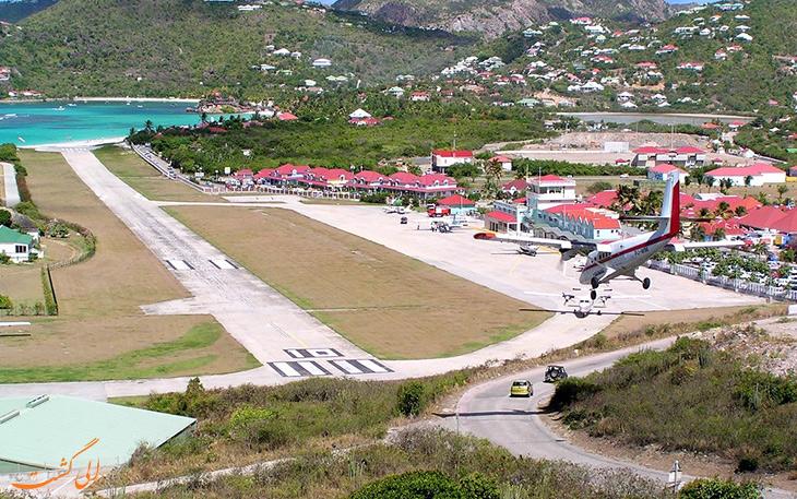 فرودگاه گوستاو سوم