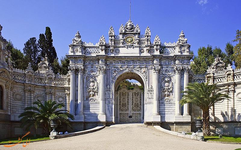 کاخ دولما باغچه در استانبول