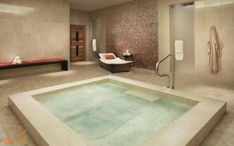 هتل ریتز کارلتون در تورنتو