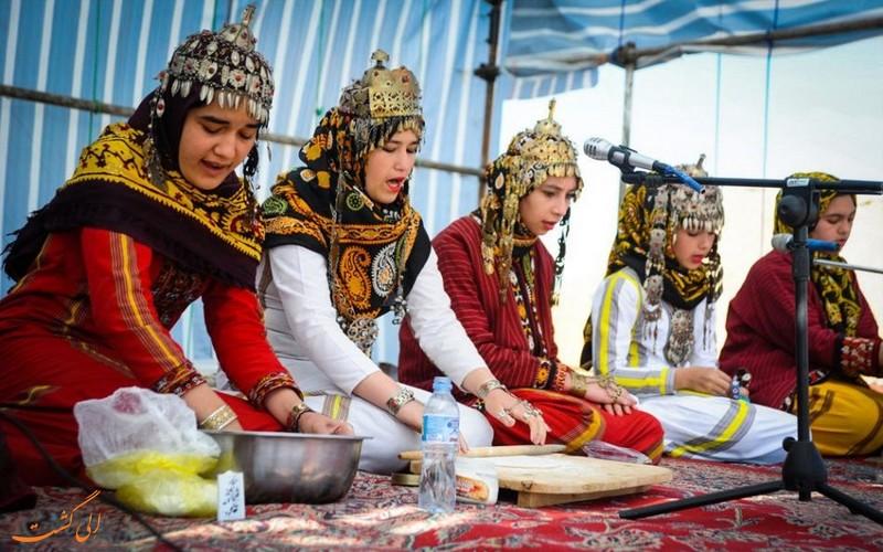 پوشاک ترکمن