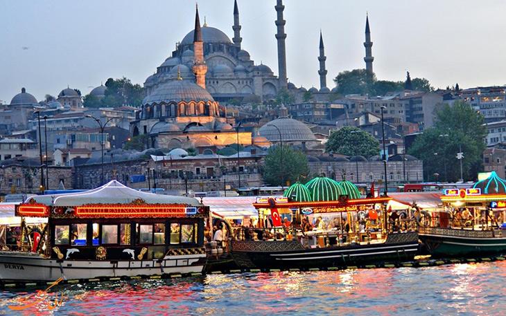 قایق سواری در ترکیه