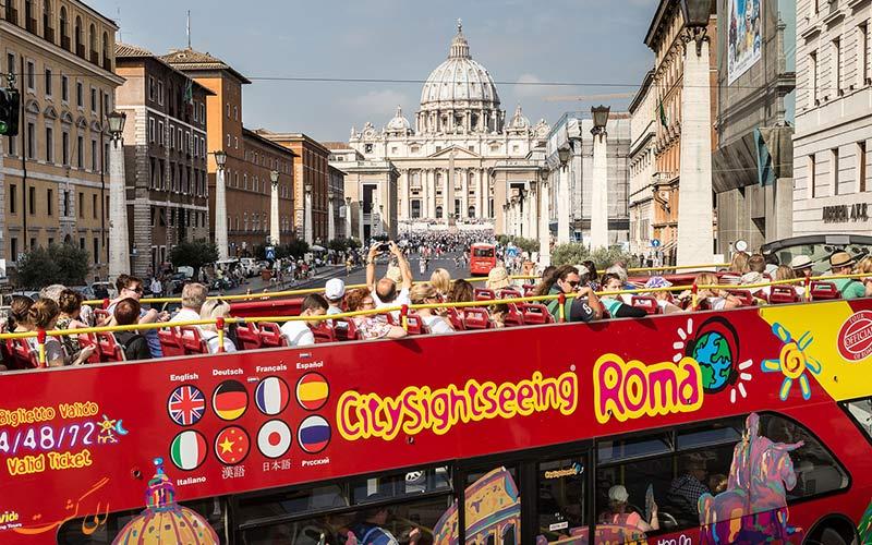 تور اتوبوسی هاپ آن هاپ آف رم
