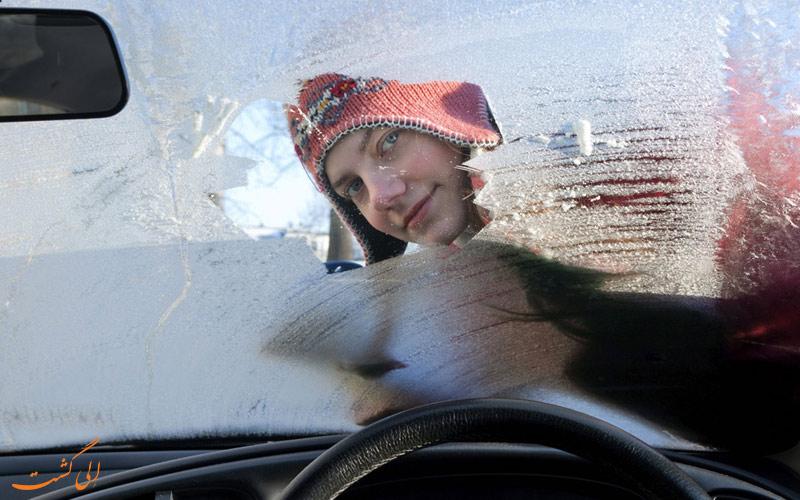رانندگی در برف و یخ-تمیز نگه داشتن شیشه ها