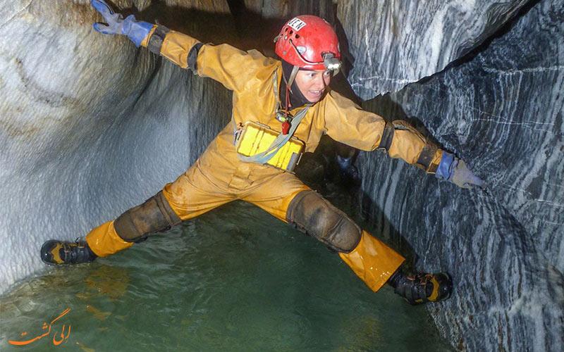 وسایل غارنوردی