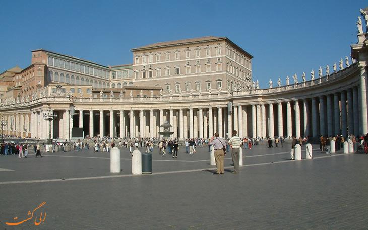 کاخ پاپ در واتیکان