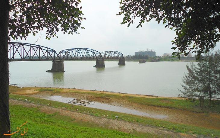 پل آهنی رودخانه ناندو