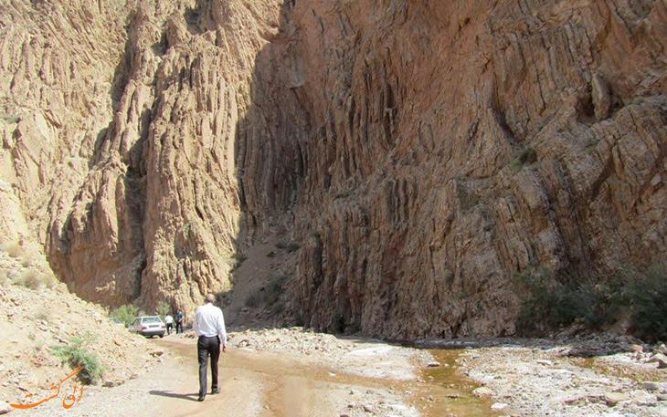 چشمه آب گرم مهدی شهر