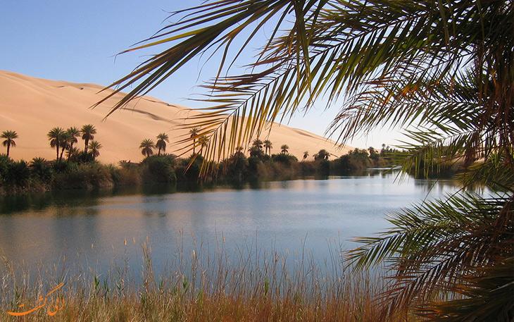 دریاچه اوباری در بیابان های لیبی