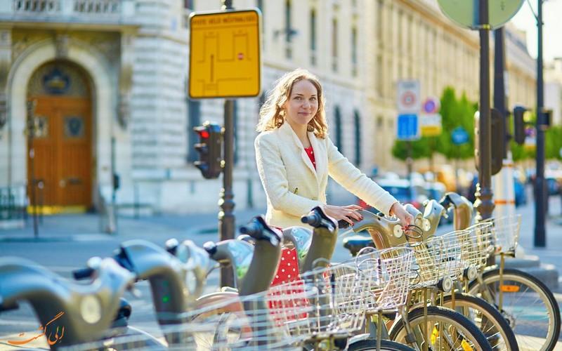 دوچرخه سواری در پاریس