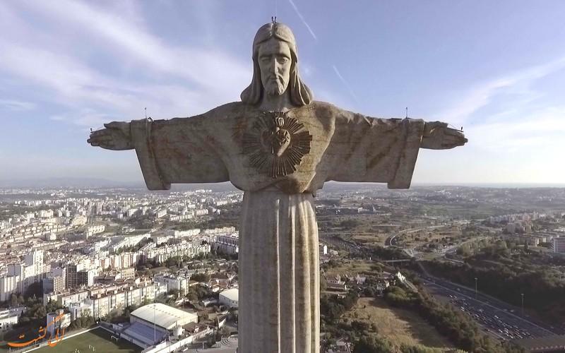 مجسمه مسیح لیسبون