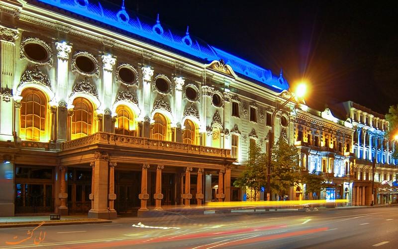 سردر تئاتر روستاولی