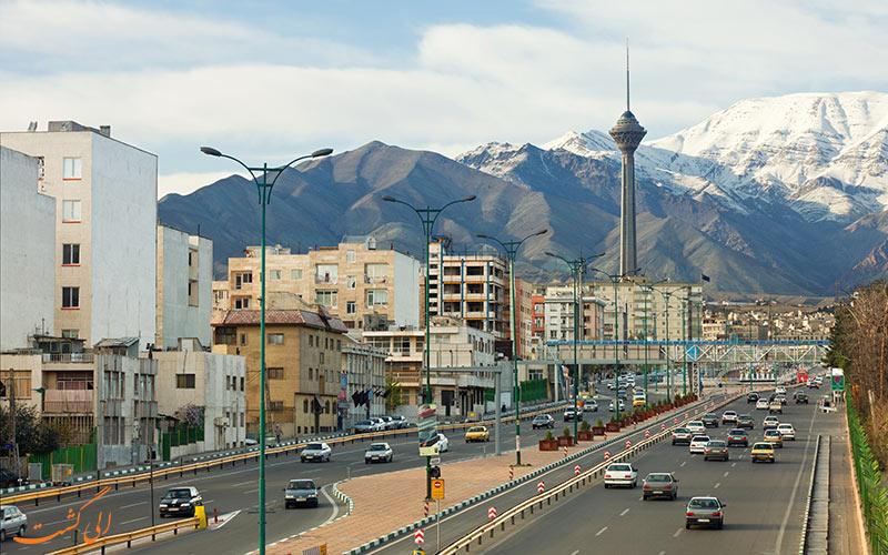 نمایی از برج میلاد تهران
