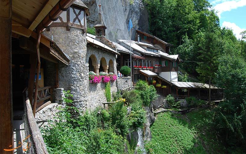 غارهای سنت بیتوس