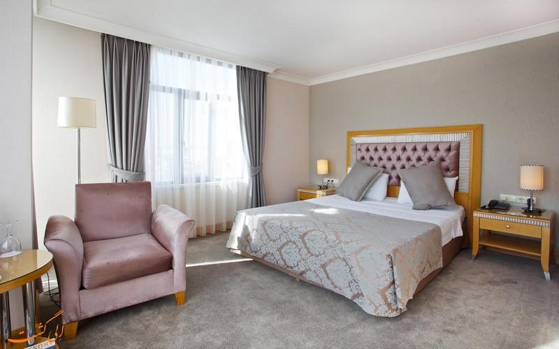 هتل 3 ستاره ویلا زوریخ در استانبول