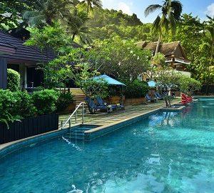 هتل 4 ستاره آندامان وایت بیچ ریزورت در پوکت