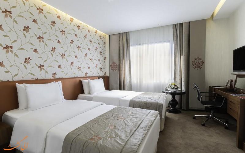 هتل 5 ستاره رامادا آتاکوی