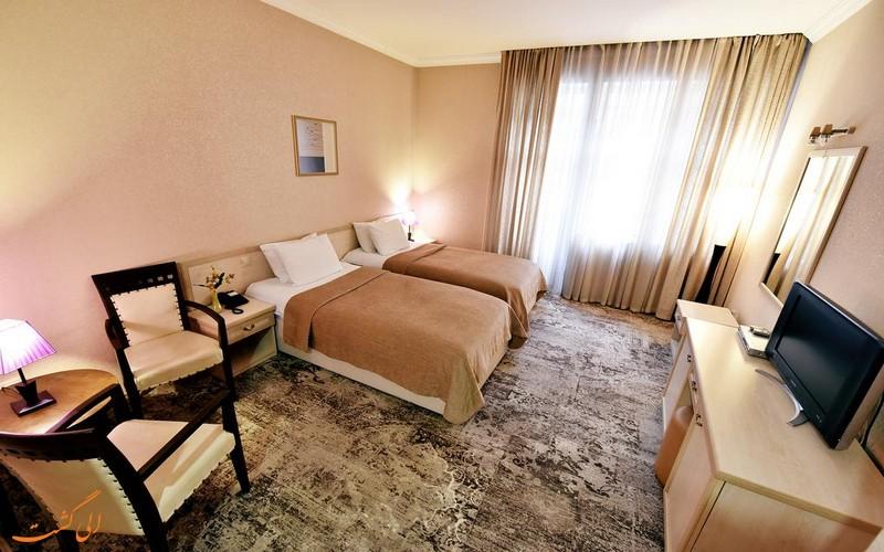 هتل 3 ستاره شاردن تفلیس