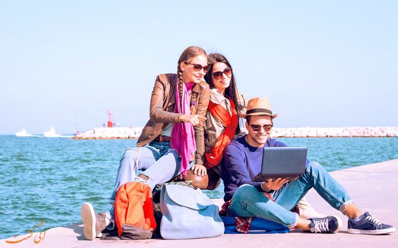 بهبود روابط اجتماعی در سفر