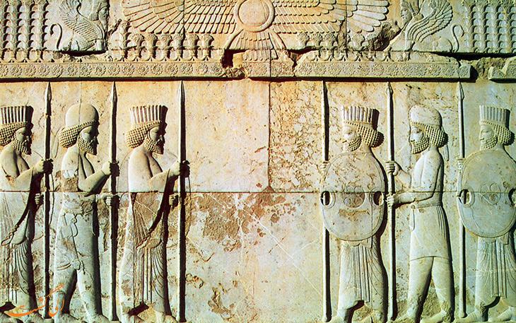 امپراتوری بسیاری از ملیت ها